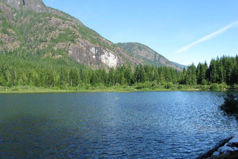 Darkis Lake West