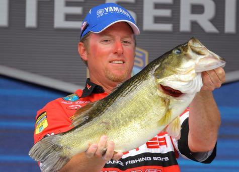 Pro Kelly Jordon won big by slowing down his lure. Credit: B.A.S.S.