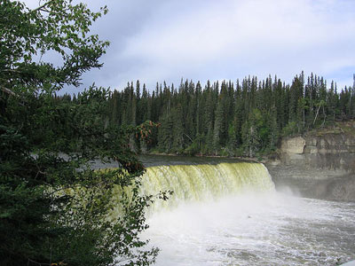 Kakisa River