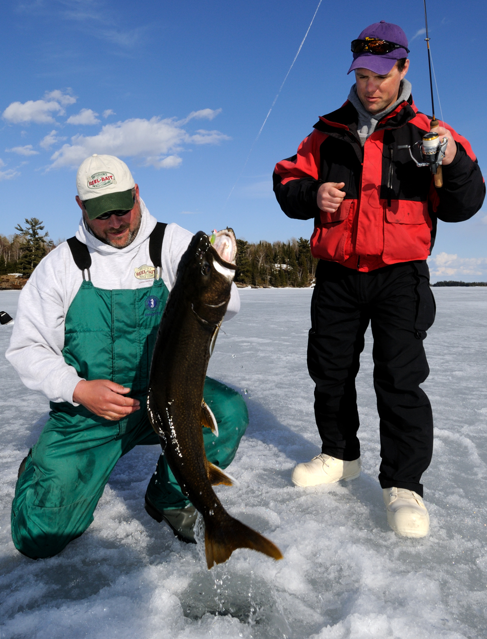 Ice fishing auger dos and don'ts • Outdoor Canada