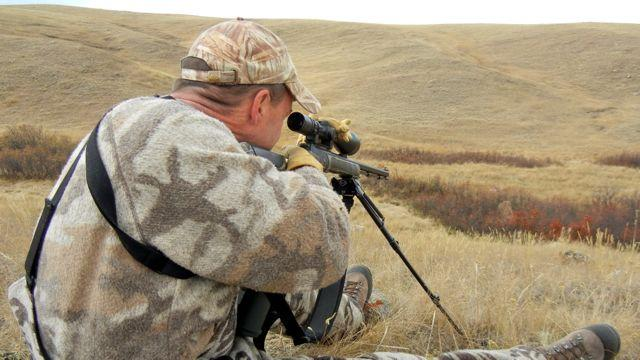 In Alberta, smokepole hunters are allowed to mount glass, and it's wise to do so. Credit: Kevin Wilson.