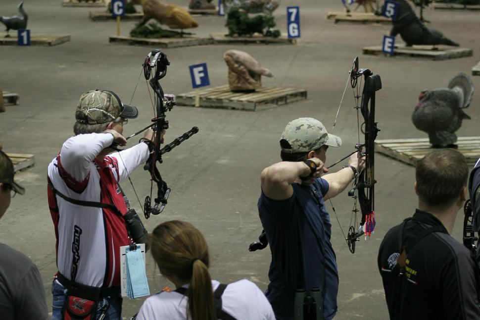 Indoor shooting line