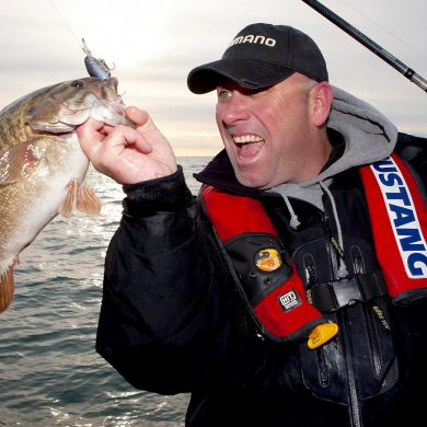TV's Dave Mercer inducted into Canadian Angler Hall of Fame